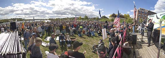 1,500 Attend 2006 Peace Rally on Bangor Waterfront